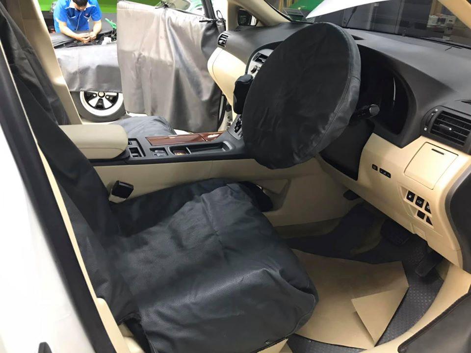 ซ่อมแอร์รถยนต์ Lexus