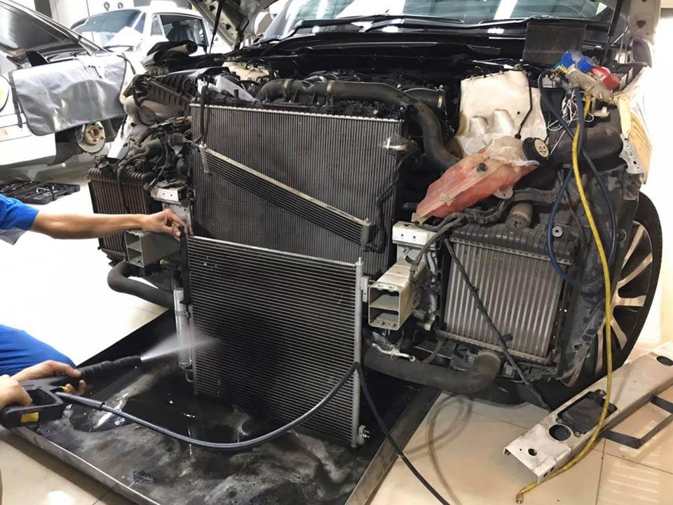 ซ่่อมแอร์รถยนต์ Range Rover